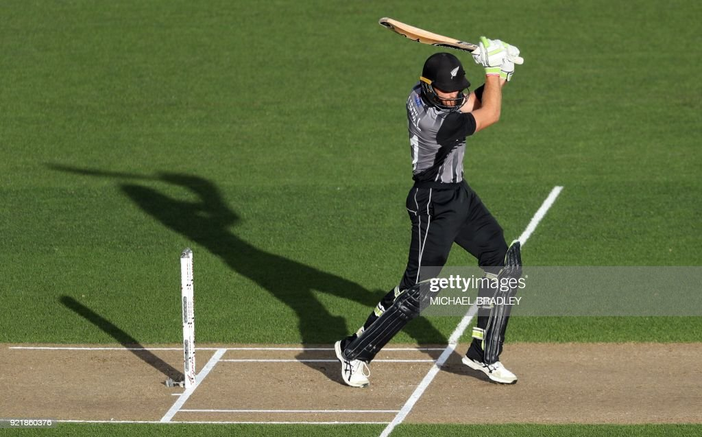 New Zealand's Martin Guptill bats during the final Twenty20 Tri Series international cricket match between New Zealand and Australia at Eden Park in Auckland on February 21, 2018. /