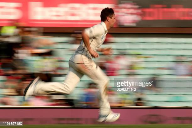 New Zealand's Matt Henry prepares to bowl during the first day of the third cricket Test match between Australia and New Zealand at the Sydney...