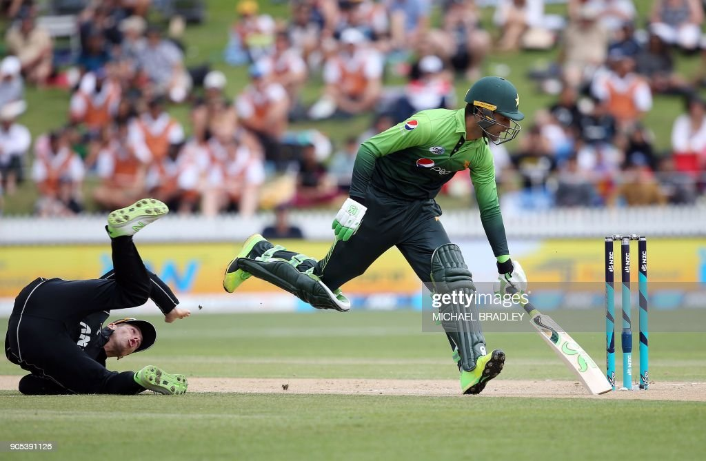 CRICKET-NZL-PAK : News Photo