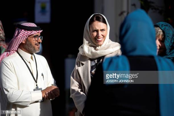 TOPSHOT New Zealand's Prime Minister Jacinda Ardern meets with members of the Muslim community at the Al Noor mosque prior to Britain's Prince...