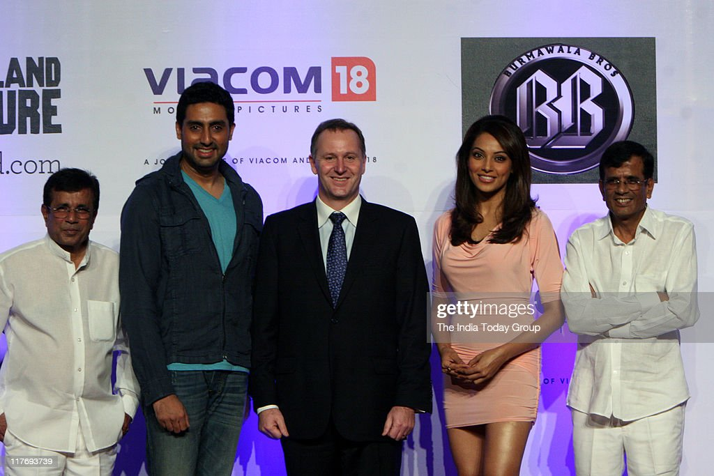 New Zealand`s Prime Minister John Key with Abhishek Bachchan Bipasha Basu and Abbas Mustan in Filmcity Mumbai