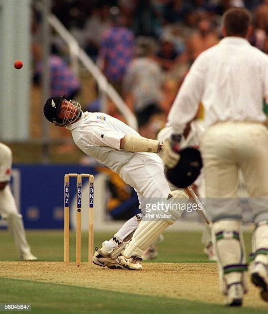 New Zealand's Roger Twose leans back to evade a bouncer off the bowling of Javagal Srinath during the final test between India and New Zealand held...