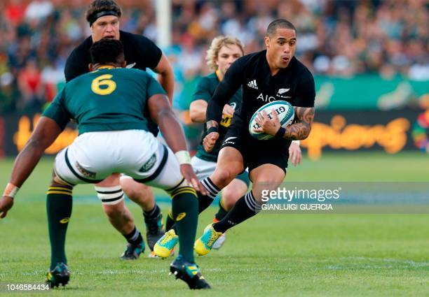 New Zealand's scrum half Aaron Smith vies for the ball during the Rugby Championship match between South Africa and New Zealand at the Loftus...