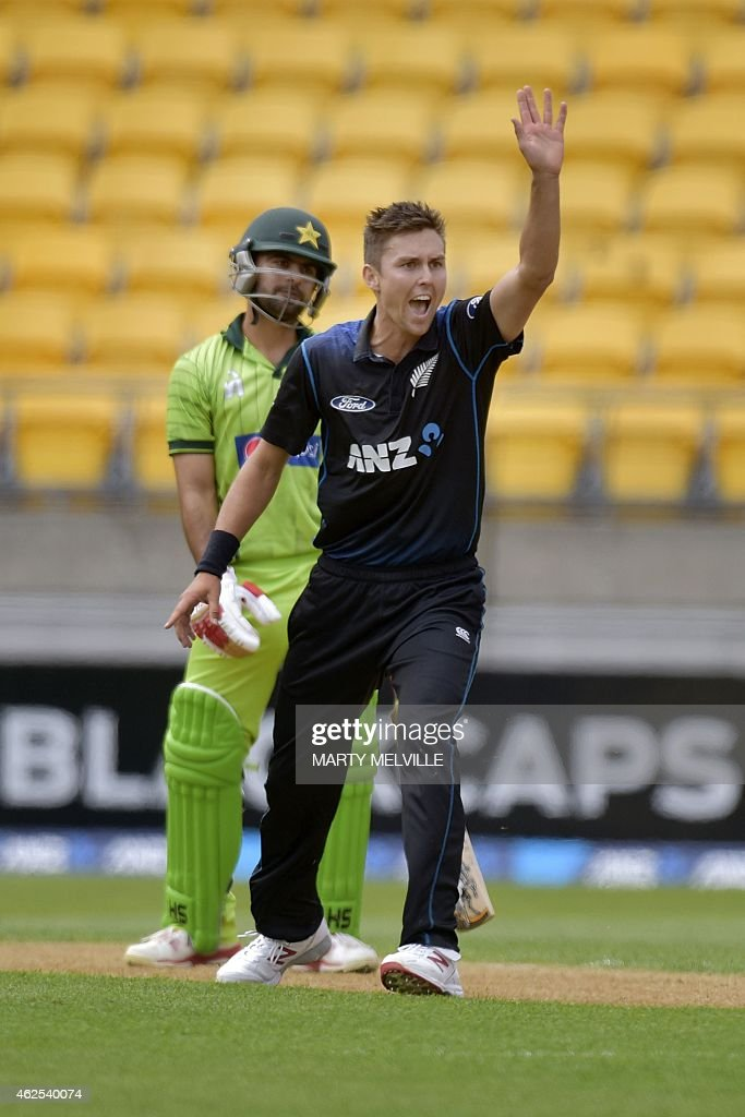 CRICKET-WC-2015-NZL-PAK : News Photo