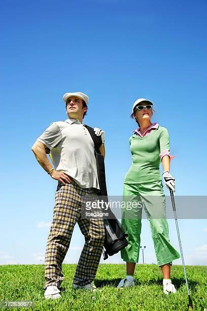neuling-golfer (posieren - golf lustig stock-fotos und bilder
