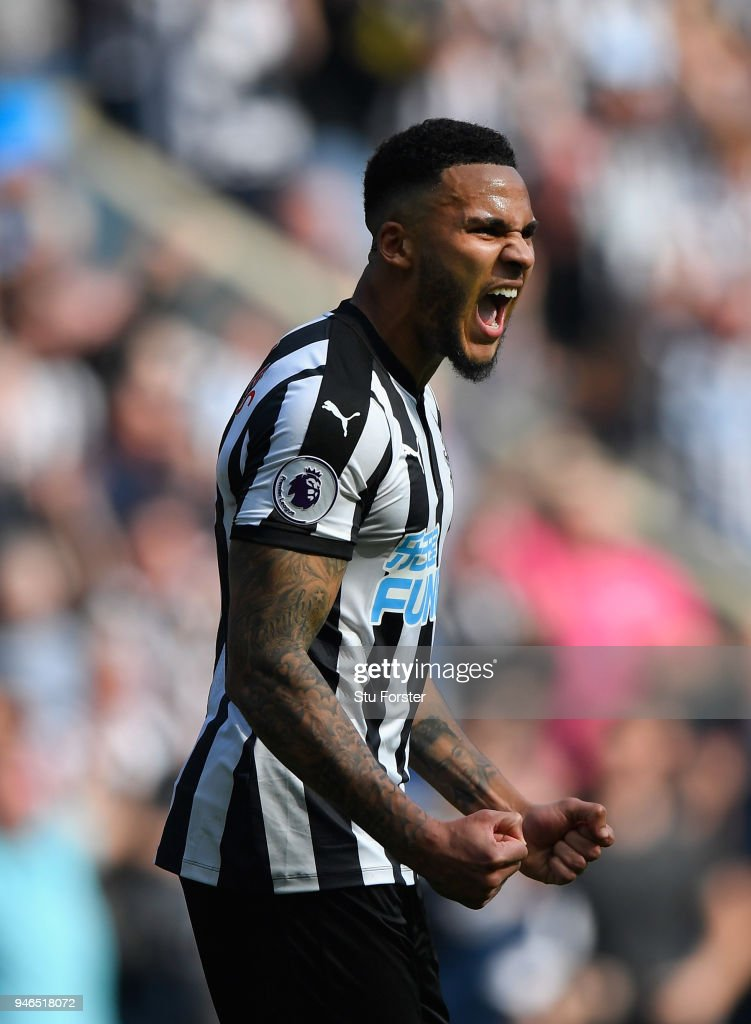 Newcastle captain Jamaal Lascelles celebrates victory during the Premier League match between Newcastle United and Arsenal at St. James Park on April 15, 2018 in Newcastle upon Tyne, England.