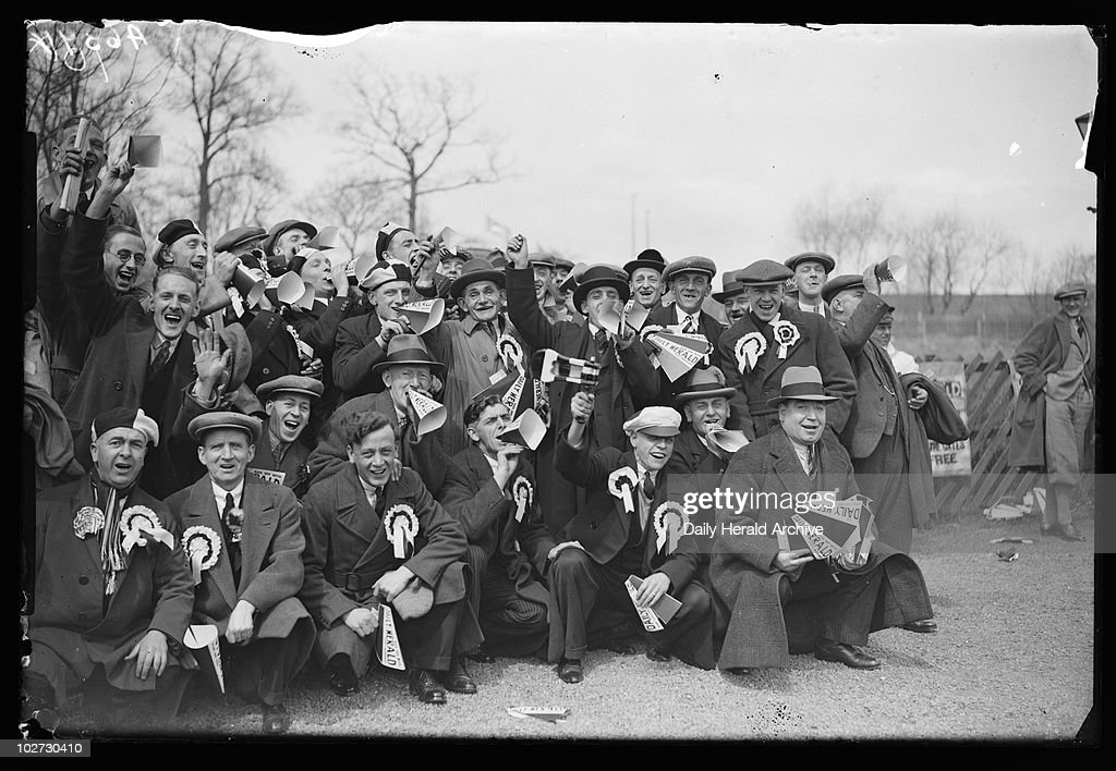 Newcastle football supporters, London, 23 April, 1932. : News Photo