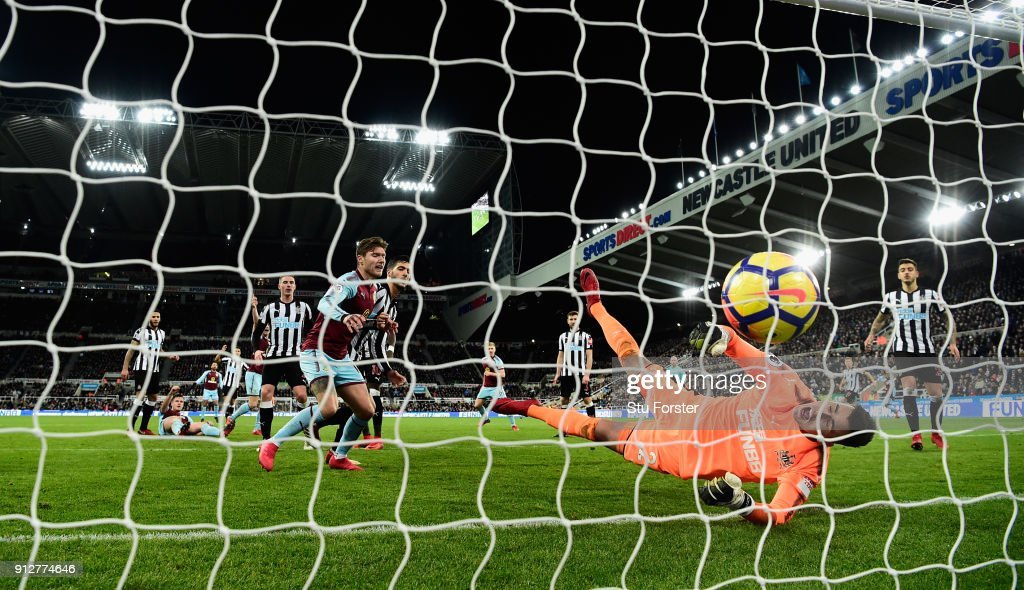 Newcastle goalkeeper Karl Darlow is beaten by a Sam Vokes header (not pictured) for the Burnley goal during the Premier League match between Newcastle United and Burnley at St. James Park on January 31, 2018 in Newcastle upon Tyne, England.