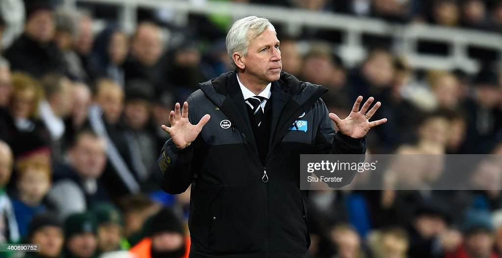 Newcastle manager Alan Pardew reacts during the Barclays Premier League match between Newcastle United and Everton at St James' Park on December 28, 2014 in Newcastle upon Tyne, England.
