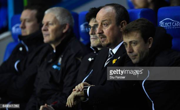 Newcastle manager Rafa Benitez looks on from the bench during the Sky Bet Championship match between Reading and Newcastle United at Madejski Stadium...