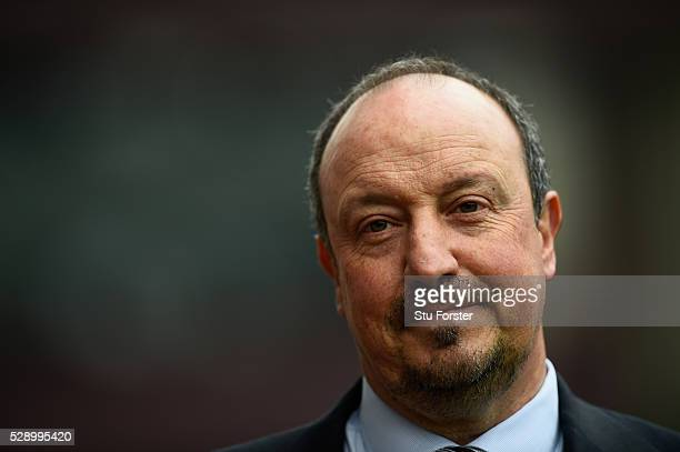 Newcastle manager Rafael Benitez looks on before the Barclays Premier League match between Aston Villa and Newcastle United at Villa Park on May 7...