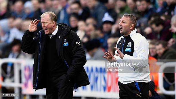 Newcastle manager Steve McClaren and coach Paul Simpson react during the Barclays Premier League match between Newcastle United at AFC Bournemouth at...