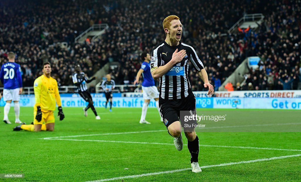 Newcastle player Jack Colback celebrates his goal during the Barclays Premier League match between Newcastle United and Everton at St James' Park on December 28, 2014 in Newcastle upon Tyne, England.