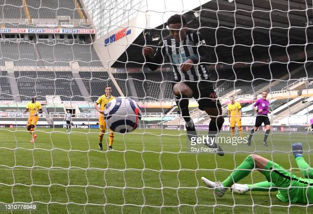 Newcastle player Joe Willock scores the second Newcastle goal during the Premier League match between Newcastle United and Tottenham Hotspur at St....