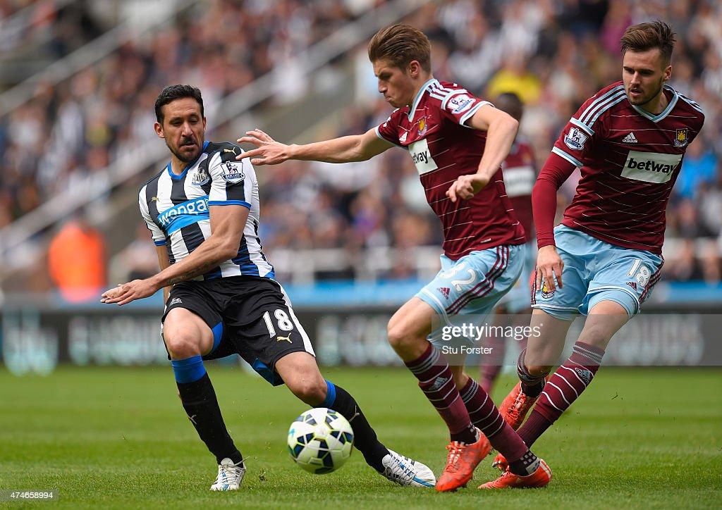 Newcastle United v West Ham United - Premier League : News Photo