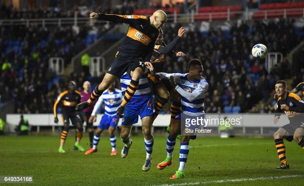 Newcastle player Jonjo Shelvey gets a header in on goal during the Sky Bet Championship match between Reading and Newcastle United at Madejski...