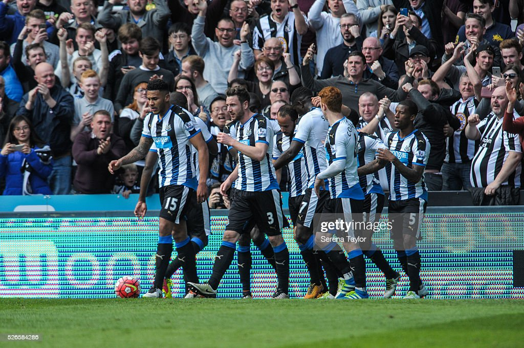 Newcastle players celebrate with Andros Townsend (4th from left) after scoring a goal from a free kick during the Barclays Premier League match between Newcastle United and Crystal Palace at St.James' Park on April 30, 2016, in Newcastle upon Tyne, England.