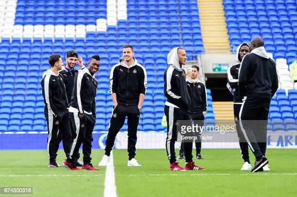 Newcastle Players seen Jamie Sterry Achraf Lazaar Christian Atsu Karl Darlow Yoan Gouffran Ayoze Perez Massadio Haidara and Mohamed Diame stand on...