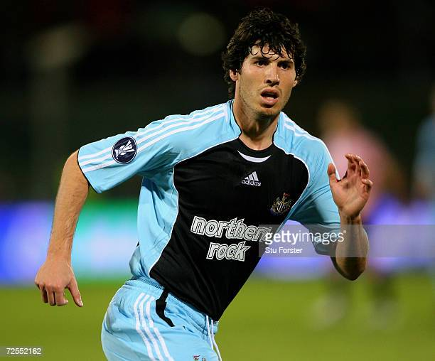 Newcastle striker Albert Luque races towards goal during the UEFA Cup Group Match between Palermo and Newcastle United at the Renzo Barbera Stadium...