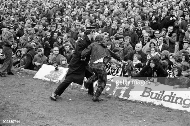 Newcastle United 4-3 Nottingham Forest, FA Cup Sixth Round match at St James Park, Saturday 9th March 1974.