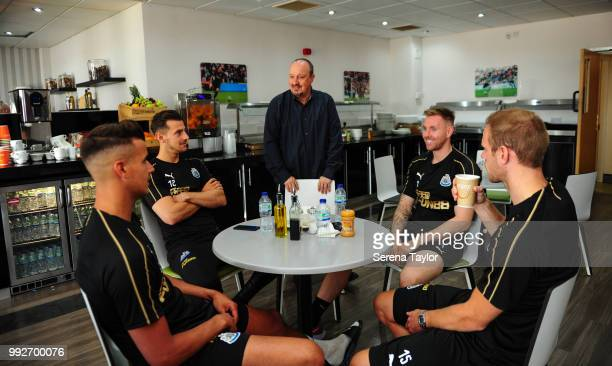 Newcastle United Manager Rafael Benitez speaks with goalkeepers seen LR Karl Darlow Martin Dubravka Rob Elliot and Matz Sels after arriving back for...