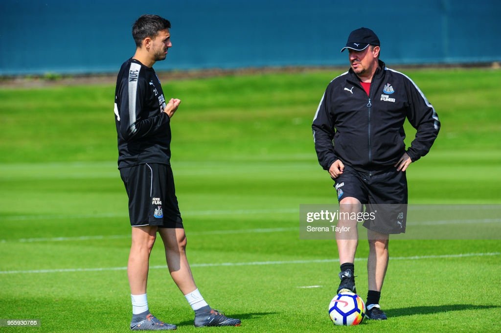 Newcastle United Manager Rafael Benitez (R) talks with Joselu during the Newcastle United Training Session at the Newcastle United Training Centre on May 8, 2018, in Newcastle upon Tyne, England.