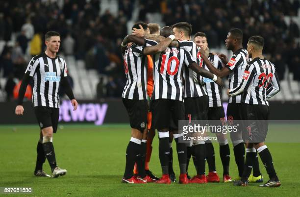 Newcastle United players celebrate after the full time whistle during the Premier League match between West Ham United and Newcastle United at London...