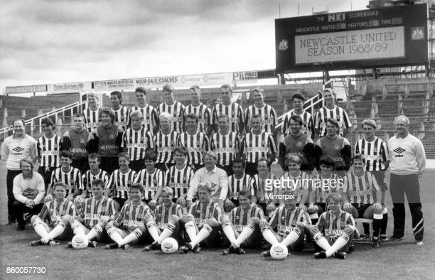 Newcastle United team 1988 89 Back row LR Gourlay Gill Carter Lormor Robinson Hallam Roche Chapman CoxallMiddle L R Derek Wright Stephenson Wright...