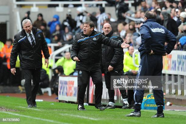Newcastle United's Alan Pardew and his assistant John Carver argue a decision as Sunderland manager Martin O'Neill looks on