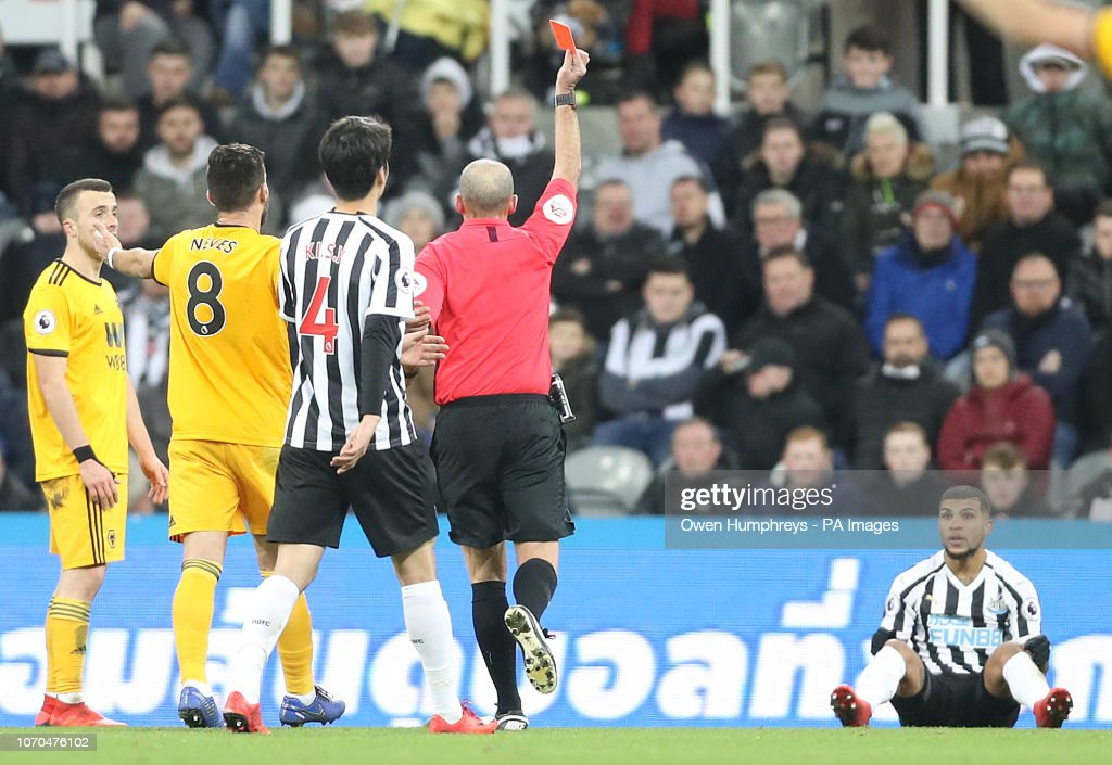 Newcastle United v Wolverhampton Wanderers - Premier League - St James' Park : News Photo