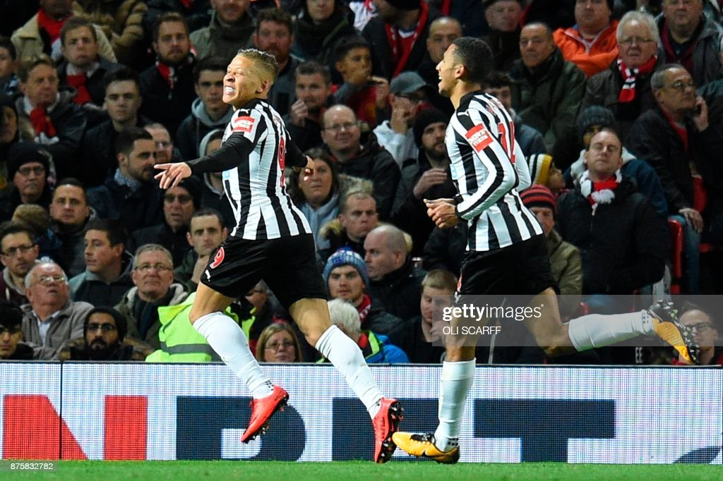 FBL-ENG-PR-MAN UTD-NEWCASTLE : News Photo
