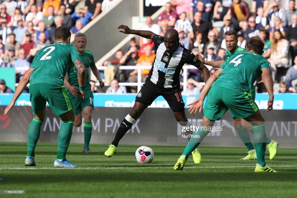 Newcastle United v Watford FC - Premier League : Nachrichtenfoto