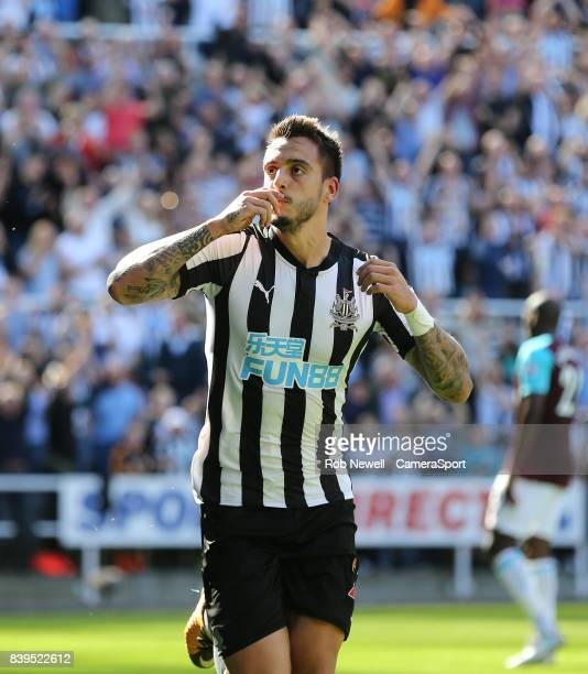 Newcastle United's Joselu celebrates scoring his side's first goal during the Premier League match between Newcastle United and West Ham United at St...