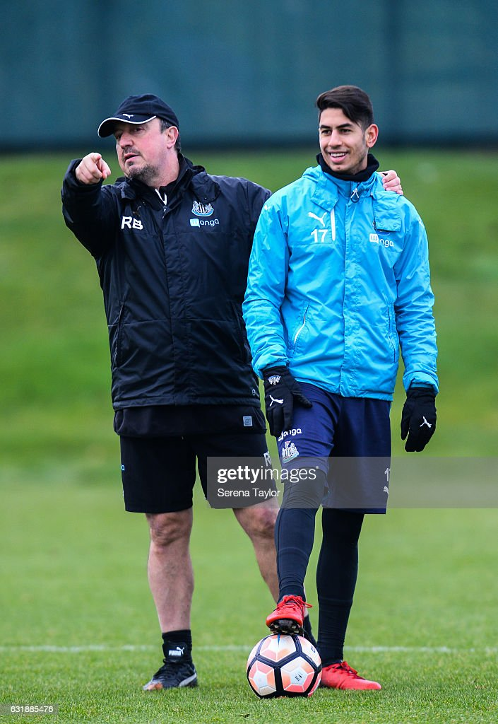 Newcastle United's Manager Rafael Benitez (L) gives instructions whilst standing with Ayoze Perez (R) during the Newcastle United Training Session at The Newcastle United Training Centre on January 17, 2017 in Newcastle upon Tyne, England.