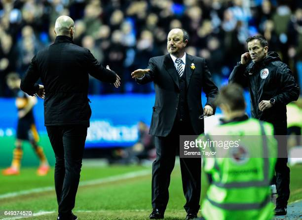 Newcastle UnitedÕs Manager Rafael Benitez looks to shake hands with Reading First Team Manager Jaap Stam during the Sky Bet Championship Match...