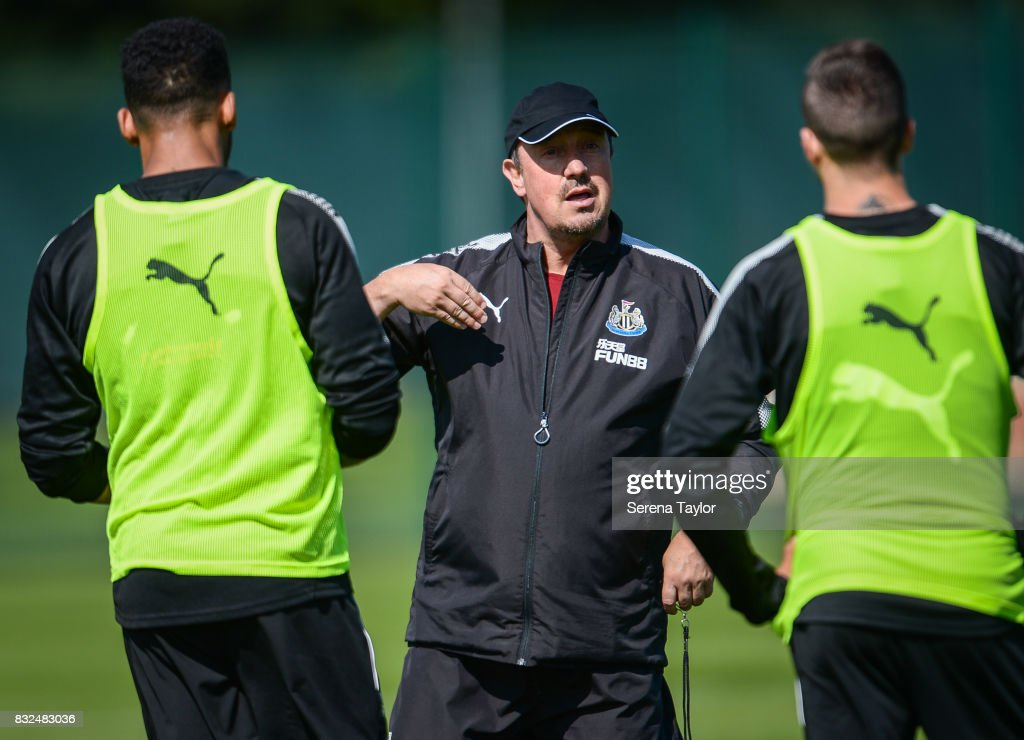 Newcastle United's Manager Rafael Benitez talks to his players during the Newcastle United Training session at the Newcastle United Training Centre on August 16, 2017, in Newcastle upon Tyne, England.