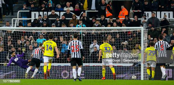 Newcastle United's Matt Ritchie scores his side's equalising goal from the penalty spot during the FA Cup Third Round match between Newcastle United...