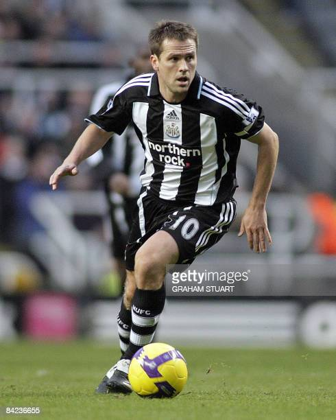 Newcastle United's Michael Owen controls the ball during the FA Premier League football match against West Ham United at St James' Park in Newcastle...
