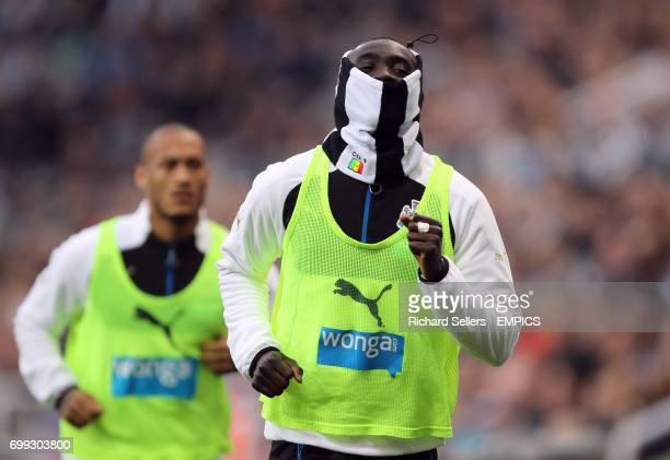 Newcastle United's Papiss Cisse wearing a snood