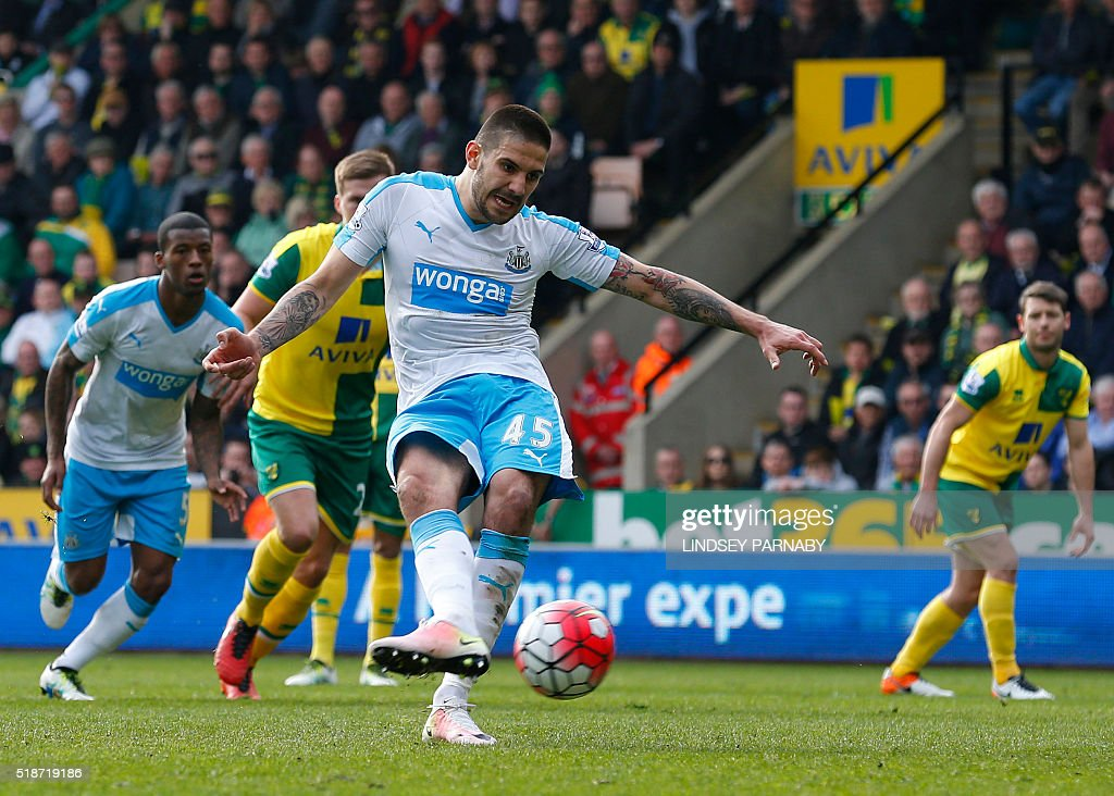 Newcastle Uniteds Serbian striker Aleksandar Mitrovic scores from the penalty spot during the English Premier League football match between Norwich City and Newcastle United at Carrow Road in Norwich, eastern England, on April 2, 2016. PARNABY