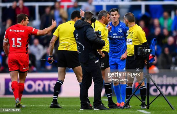 Newcastle Upon Tyne United Kingdom 11 May 2019 Leinster captain Jonathan Sexton speaks to referee Jérome Garcès as he reviews a possible Saracens try...