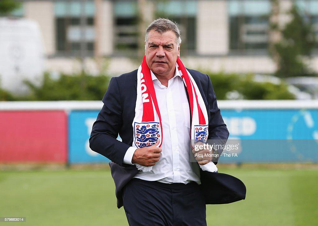 England Manager Sam Allardyce Press Conference : News Photo
