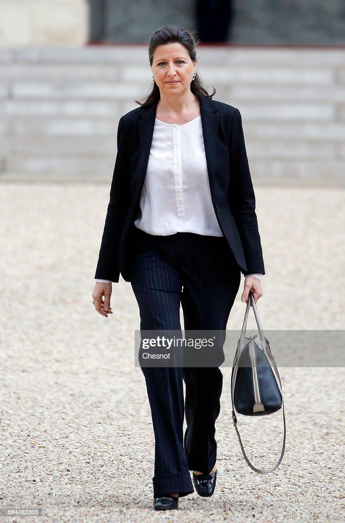Emmanuel Macron's First Weekly Meeting At Elysee Palace : News Photo