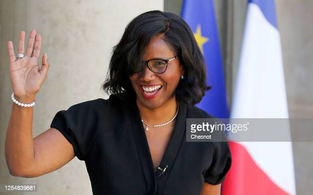 Newly appointed French Junior Minister of Gender Equality Elisabeth Moreno arrives at the Elysee presidential palace to attend a weekly cabinet...
