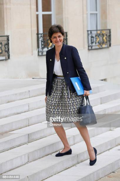 Newly appointed French Minister of Armed Forces Sylvie Goulard arrives at the Elysee presidential palace for the first weekly cabinet meeting on May...