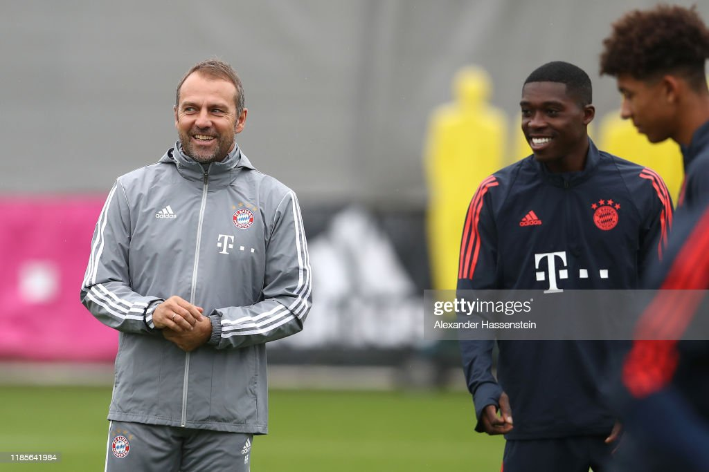 Bayern Muenchen Training And Press Conference : Foto jornalística