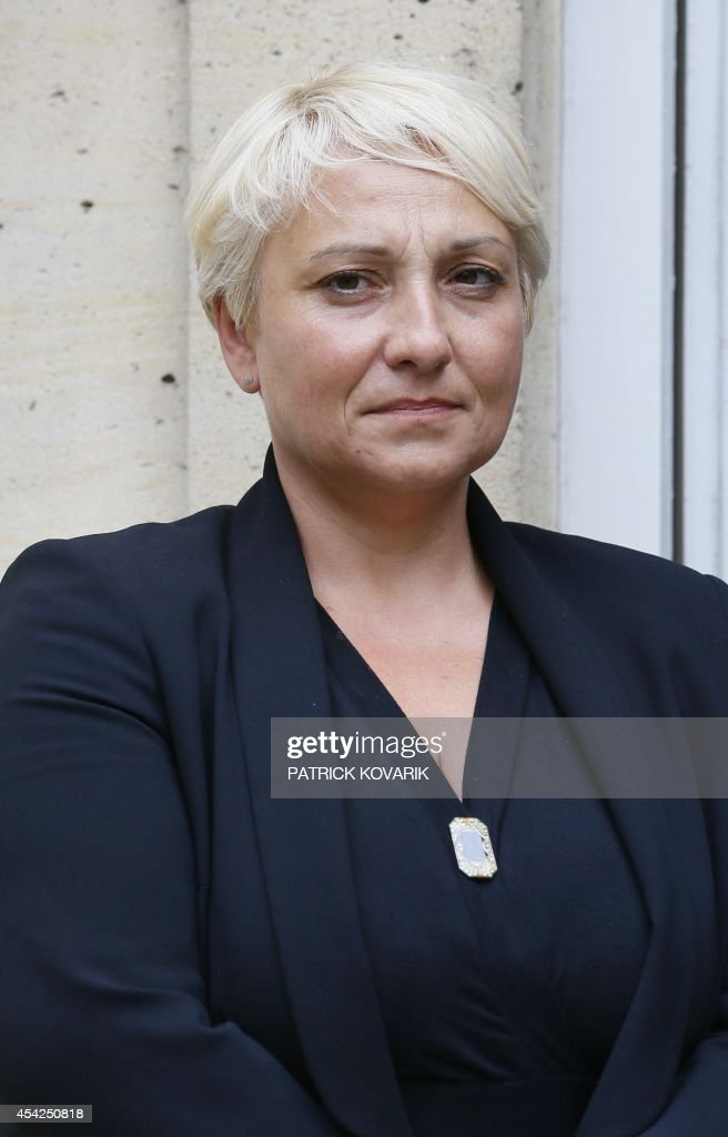 Newly appointed Junior minister for Women's Rights Pascale Boistard poses during a handover ceremony on August 27, 2014 in Paris.