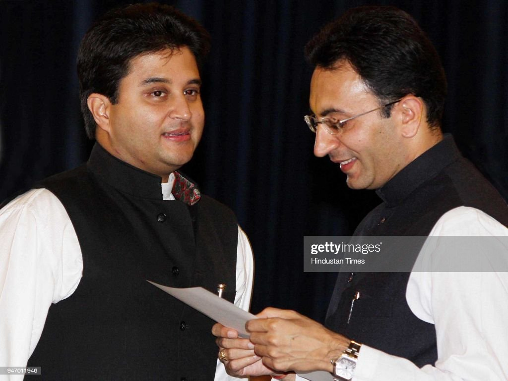 Newly appointed Ministers of State, Jyotiraditya Scindia (left) and Jitin Prasada, during the swearing-in-ceremony at Rashtrapati Bhavan, in New Delhi.