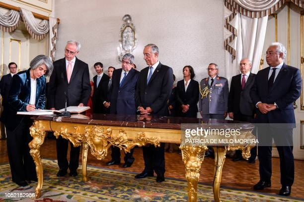 Newly appointed Portuguese Minister Minister of Culture Grazia Maria de Fonseca Gonzalez takes the oath of office during a swearingin ceremony to...