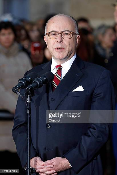 Newly appointed Prime Minister Bernard Cazeneuve delivers a speech during the traditional handover ceremony at the Matignon hotel on December 06 in...